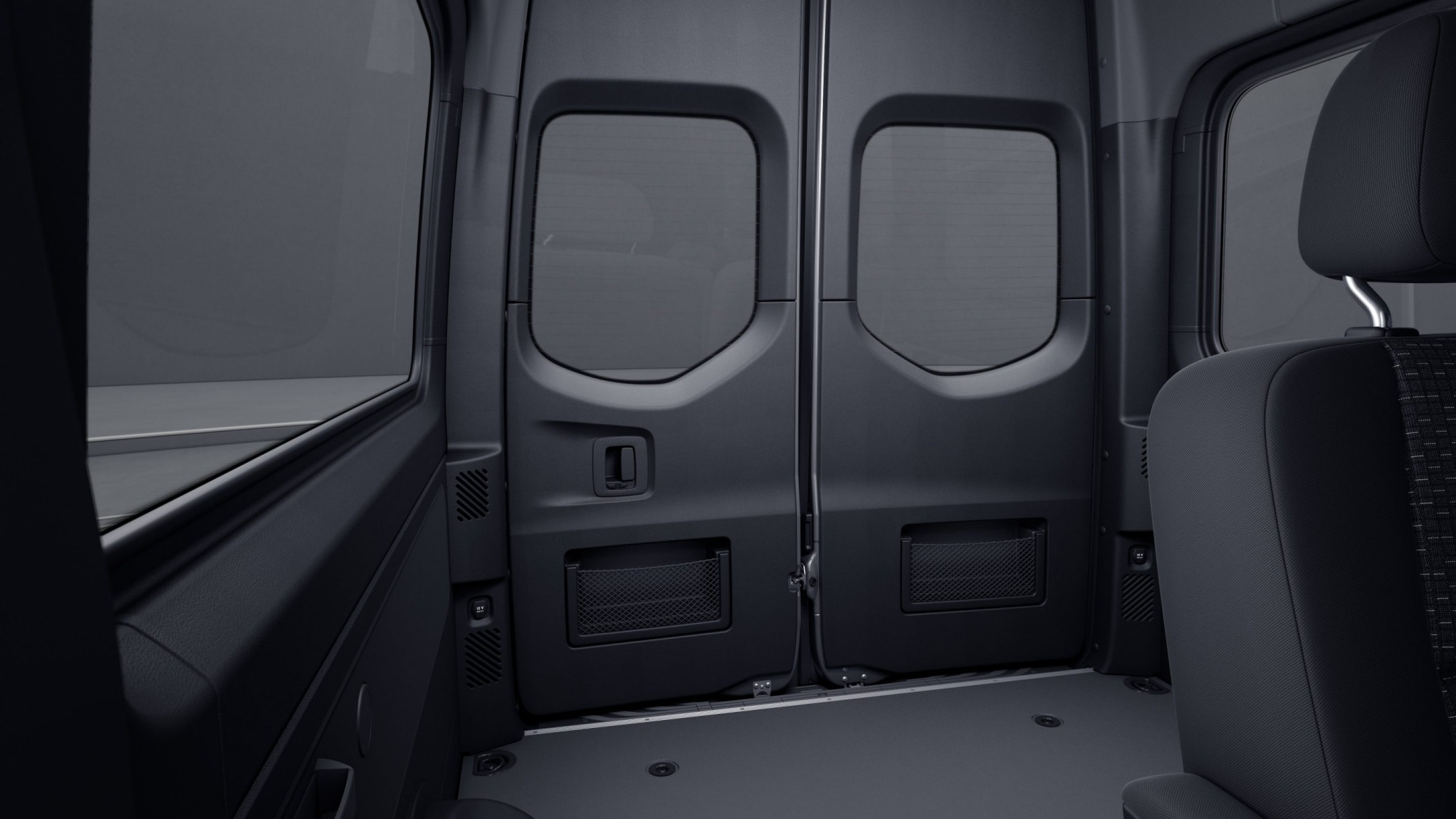 Sprinter minibus tourer, full panelling of hinged rear doors, stowage compartment with net in rear doors