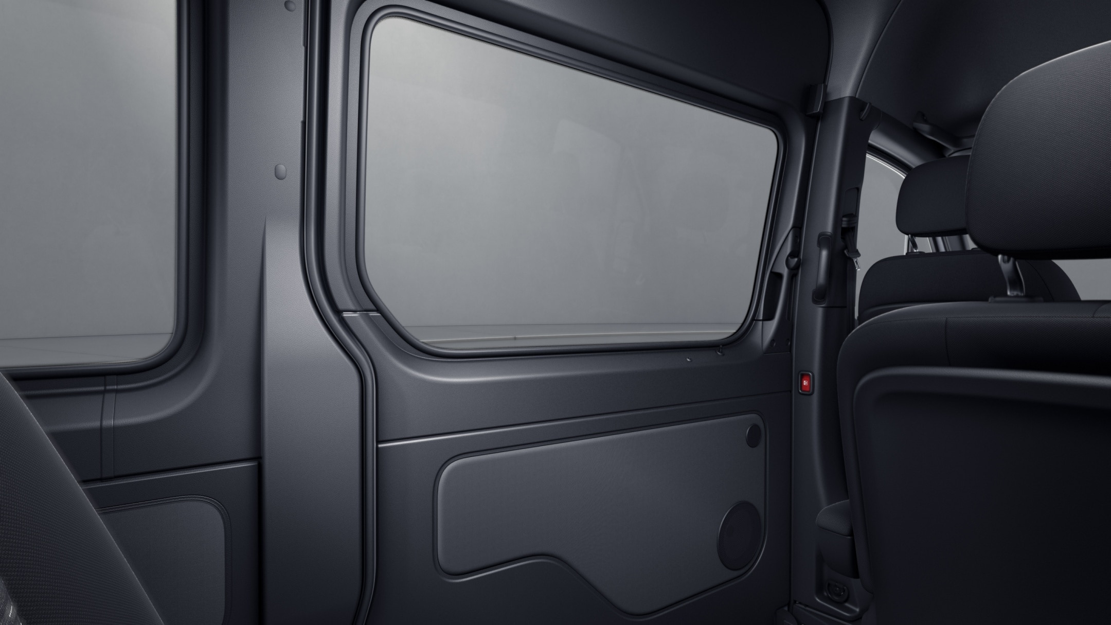 Sprinter minibus tourer, full panelling of right-hand load compartment sliding door