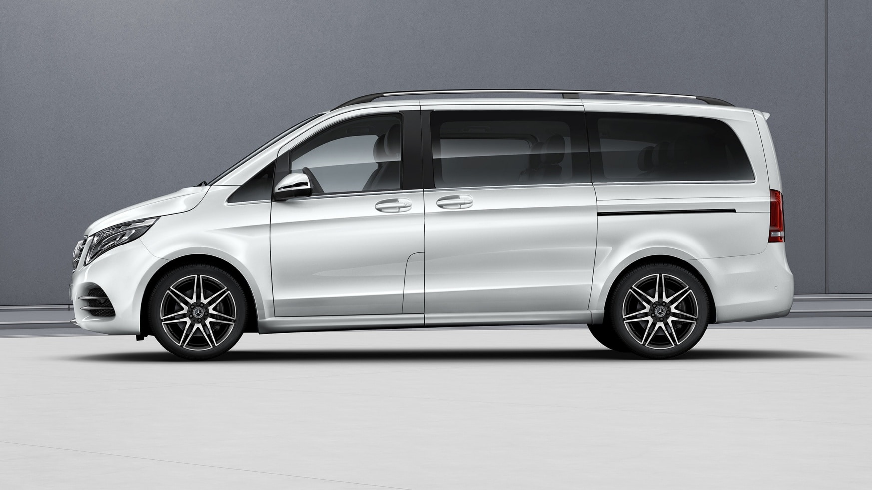 V-Class, Features, Equipment, AMG Line, Exterior, Impressive profile